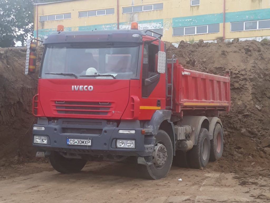 Iveco traker 6×4